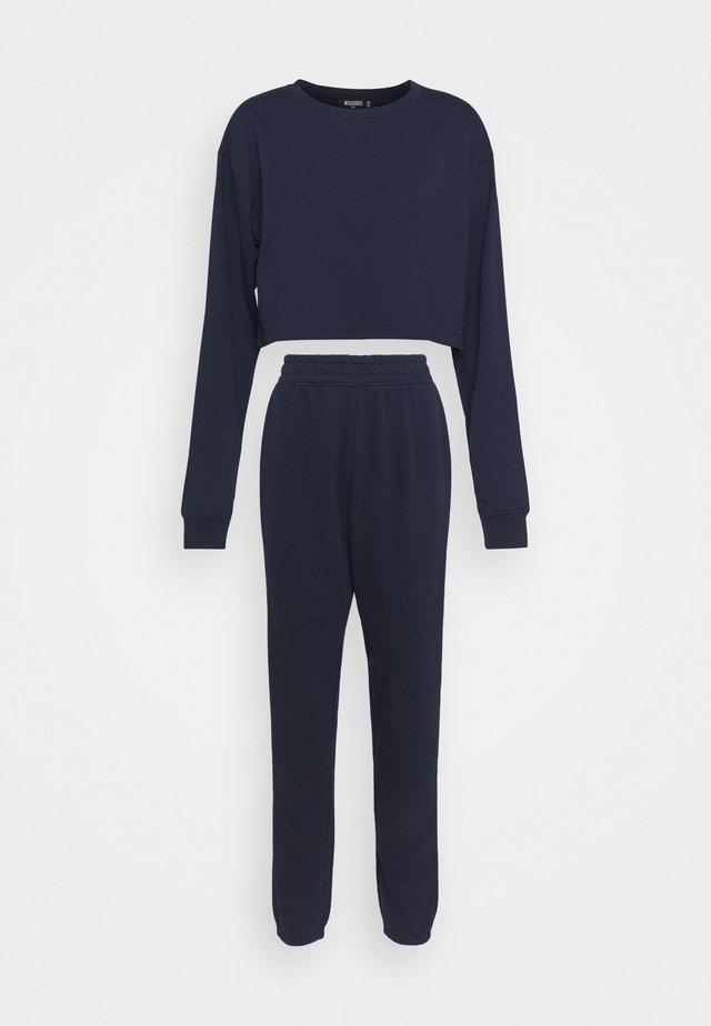 CROP JOGGER SET - Sweater - navy