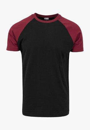 RAGLAN CONTRAST  - Print T-shirt - black/burgundy