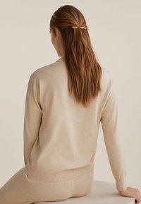 OYSHO - LONG TORTOISESHELL - Hair styling accessory - black - 1