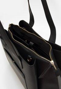 Valentino Bags - WILLOW - Tote bag - nero - 2
