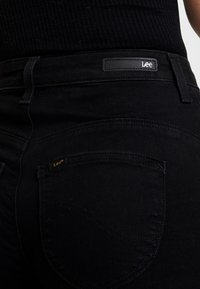Lee - SCARLETT SUPER HIGH BODY - Jeans Skinny Fit - black rinse - 5