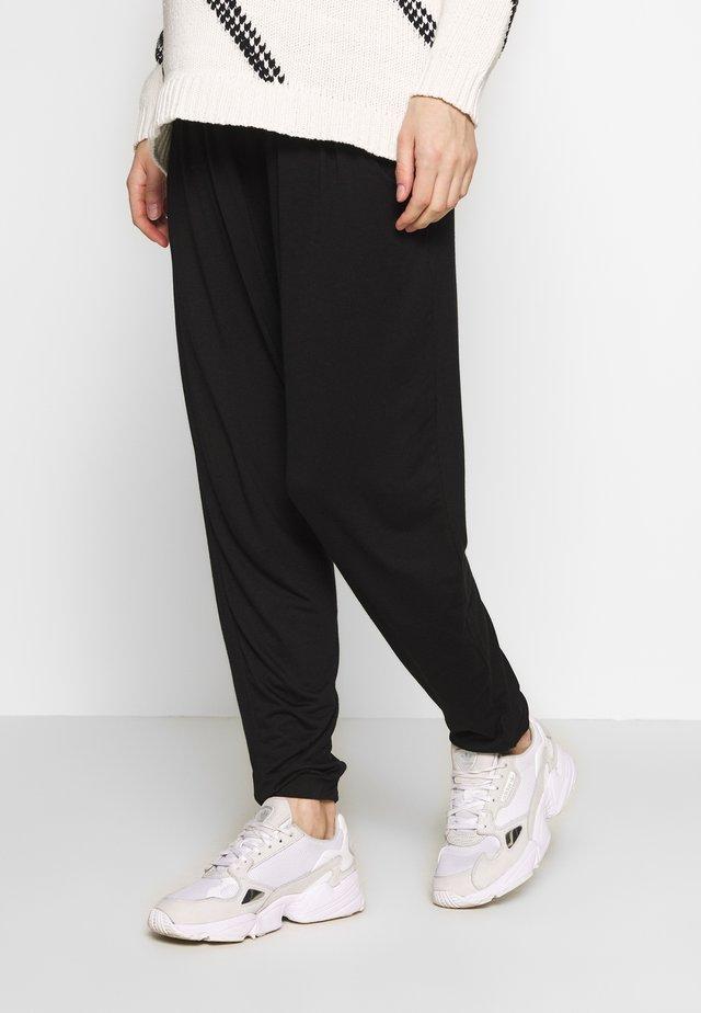 PLAIN JOGGER - Pantalon de survêtement - black