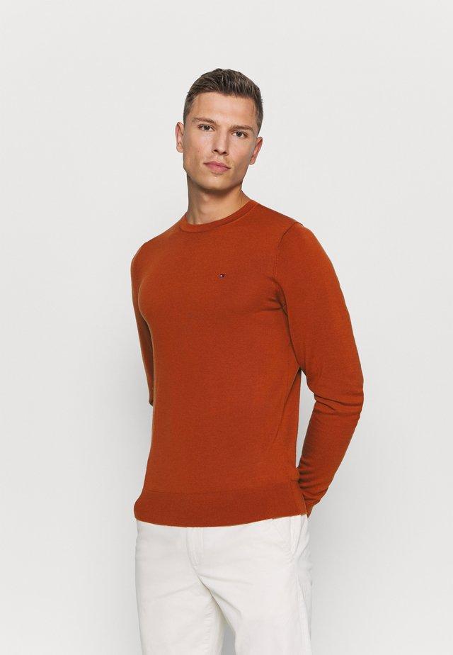 Strikkegenser - orange