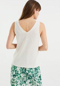 WE Fashion - Top - white - 2