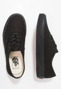 Vans - AUTHENTIC - Sneaker low - black - 1