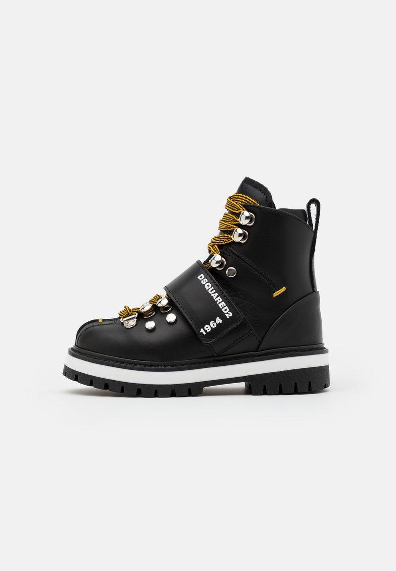 Dsquared2 - Šněrovací kotníkové boty - black
