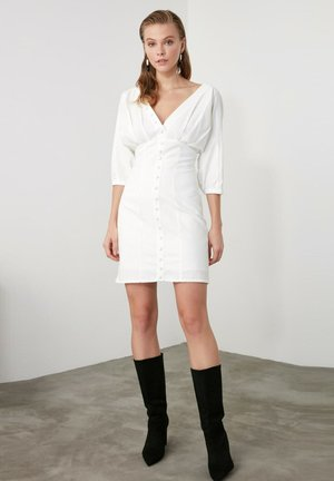 Shift dress - cream
