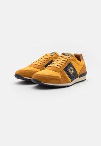 Pantofola d'Oro - UMITO UOMO - Sneakers laag - curry - 1