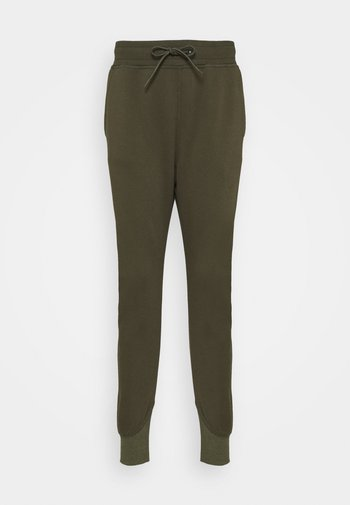 PREMIUM CORE TAPERED PANT