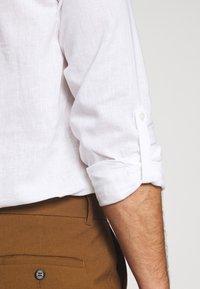 TOM TAILOR DENIM - MIX TUNIC - Košile - white - 5