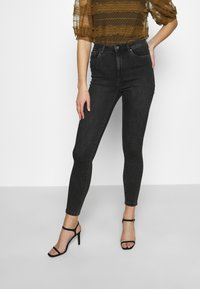 Vero Moda - VMLOA - Jeans Skinny Fit - black denim - 0
