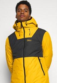 COLOURWEAR - BLOCK JACKET - Snowboard jacket - yellow - 3