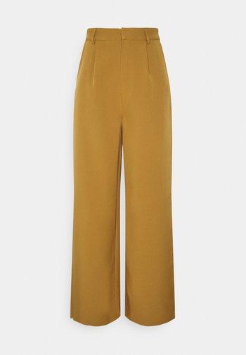 WIDE LEG TROUSER - Pantaloni - camel