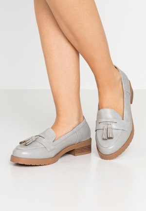 WIDE FIT LITTY PUTASSEL LOAFER - Mocasines - grey