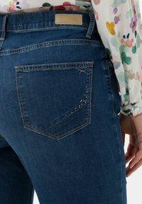 BRAX - STYLE CAROLA - Slim fit jeans - used regular blue - 4