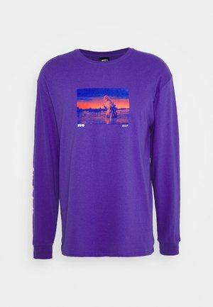 GODZILLA WATER TEE - Long sleeved top - purple