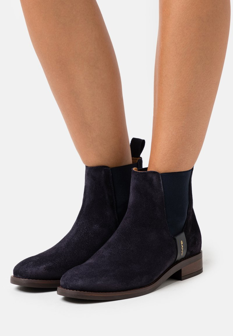 GANT - FAYY CHELSEA - Classic ankle boots - marine