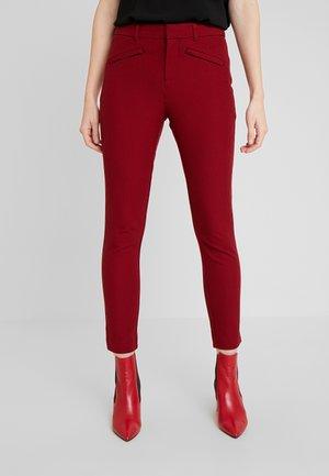 ANKLE BISTRETCH - Spodnie materiałowe - black/red