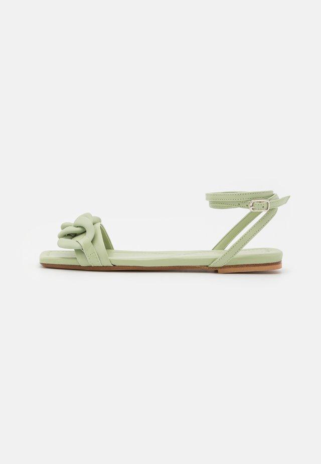 Sandały - menta