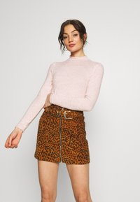 Miss Selfridge - BRUSHED PUFF SLEEVE - Jumper - pink - 0