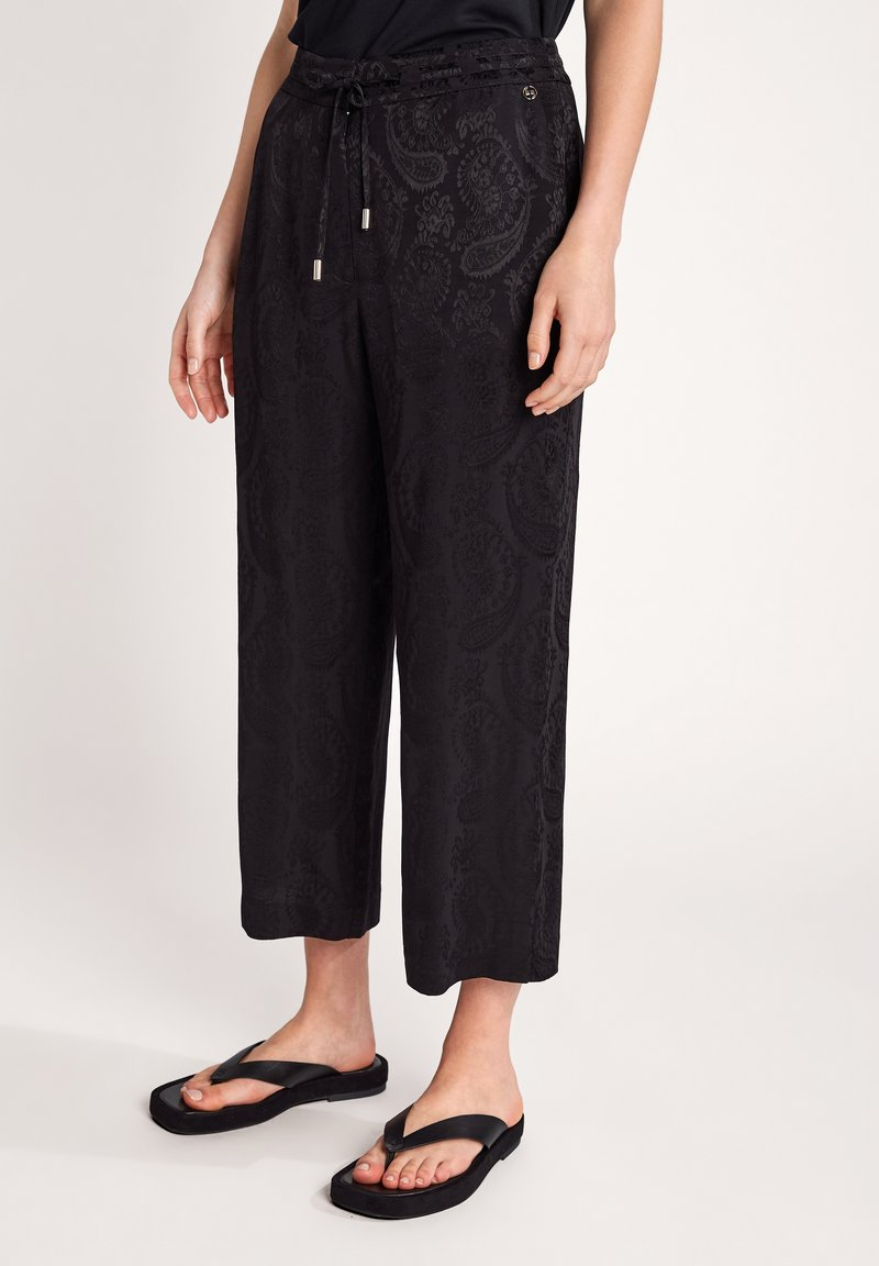 comma - MIT PAISLEYMUSTER - Trousers - black