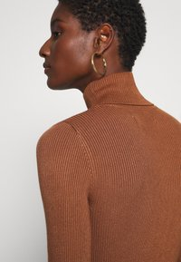 Anna Field - BASIC- RIBBED TURTLE NECK - Jumper - brown - 6