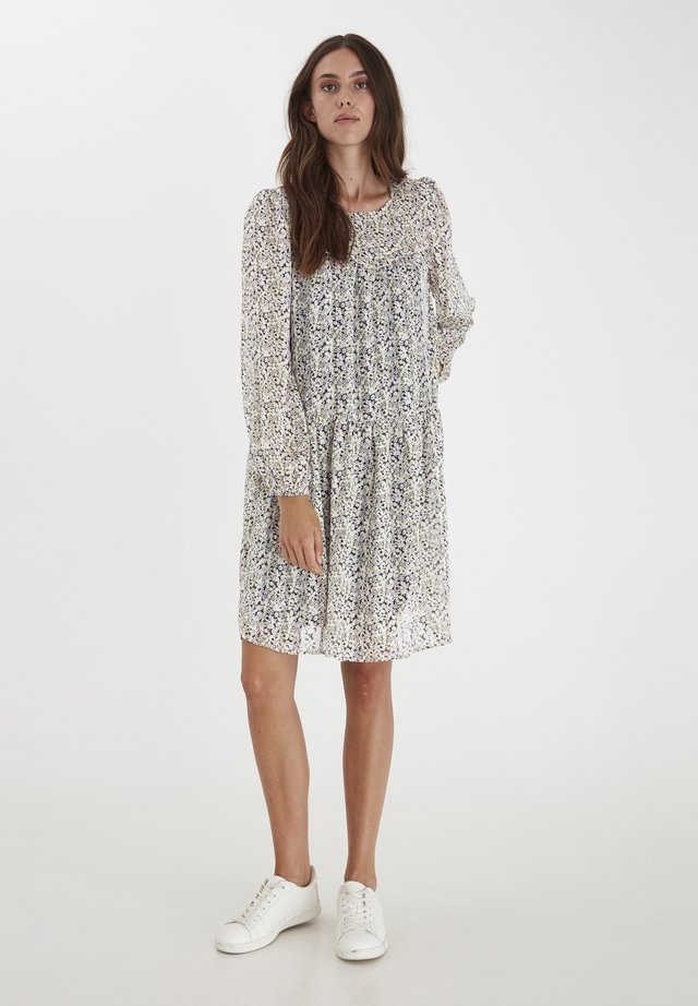 Day dress - cloud dancer flower print