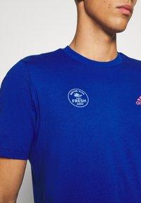 adidas Performance - SNACK PHOTO TEE - Camiseta estampada - royal blue - 4