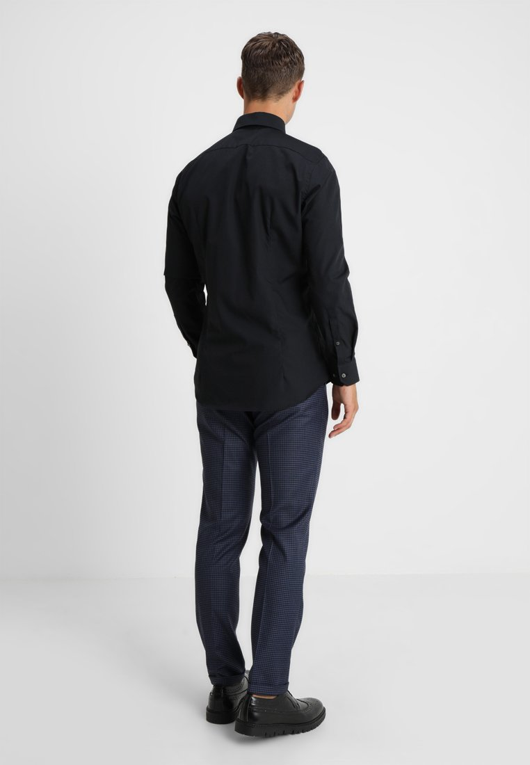 Strellson SANTOS - Koszula - black - Odzież męska 2020