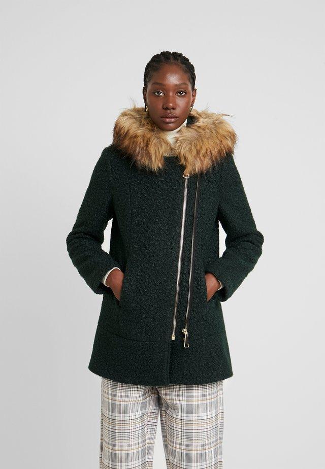 Winter coat - luxury smaragd