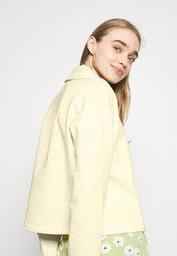 NA-KD - HALF ZIP UP - Sweatshirt - yellow - 3