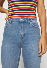 ONLY - ONLERICA LIFE MID ANK - Straight leg jeans - light blue denim - 3