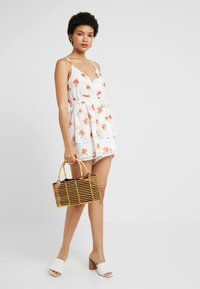 NA-KD - Adorable Caro x NA-KD - Jumpsuit - orange - 1