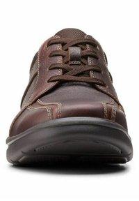 Clarks - BRADLEY WALK - Trainers - brown tumb - 6