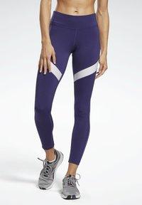 Reebok - MESH WORKOUT READY REECYCLED LEGGINGS - Leggings - purple - 0