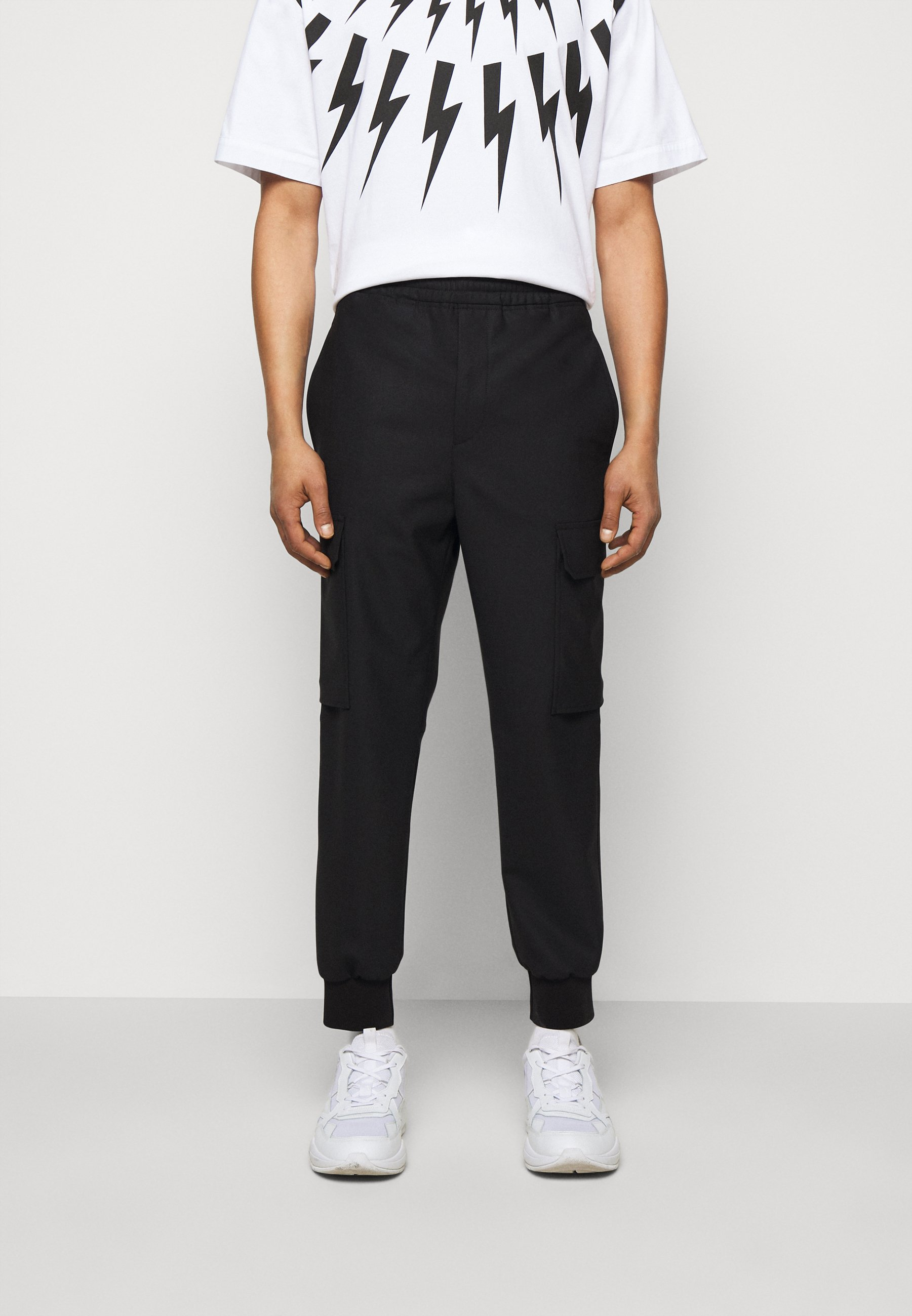 Men TRAVEL CARROT LOW RISE TROUSERS - Cargo trousers