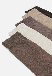 Pier One - 5 PACK - Socks - mottled brown - 1