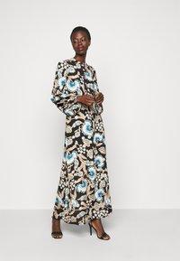 Vero Moda Tall - VMLOLA ANCLE DRESS - Maxi dress - black - 0