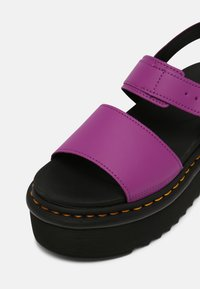 Dr. Martens - VOSS QUAD - Platform sandals - bright purple - 7