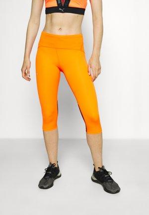 FLY FAST SPEED CAPRI - 3/4 sports trousers - orange