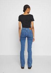 Levi's® - 725 HIGH RISE BOOTCUT - Jeans bootcut - blue denim - 2