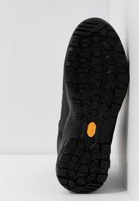 Mammut - MERCURY PRO HIGH GTX MEN - Mountain shoes - graphite/black - 4