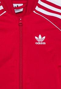 adidas Originals - SUPERSTAR  - Treningsdress - scarlet/white - 4