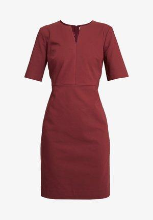 ZELLA  - Shift dress - russet brown