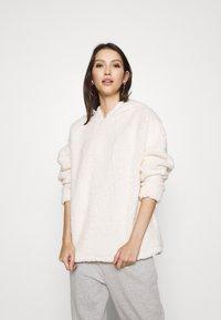 Miss Selfridge - OVERSIZED HOODY - Fleece jumper - cream - 0