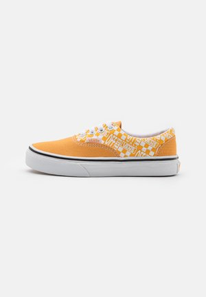 ERA UNISEX - Trainers - golden nugget/saffron