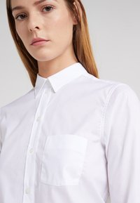 Filippa K - CLASSIC - Button-down blouse - white - 4
