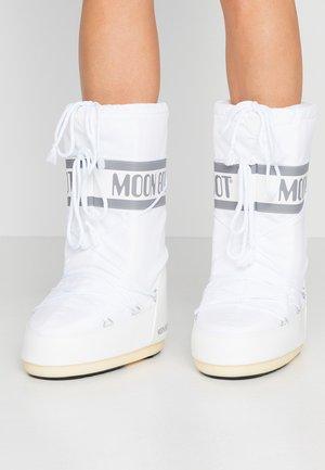 Zimní obuv - weiß