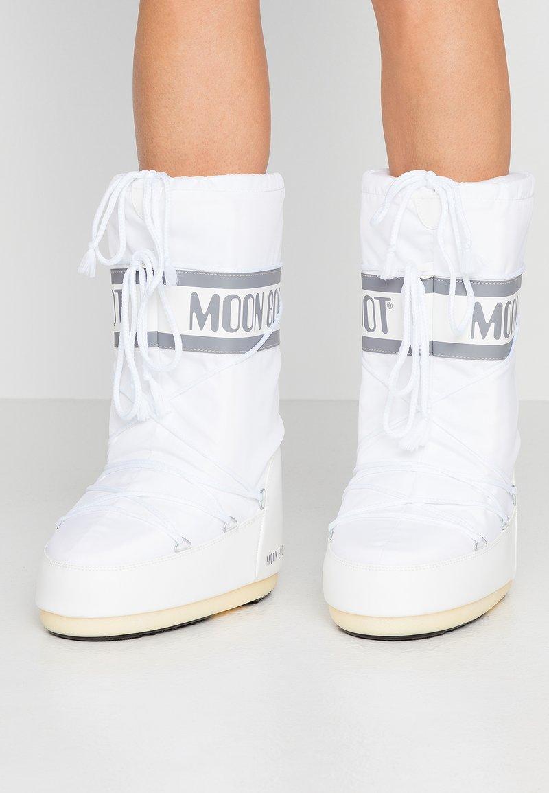Moon Boot - Winter boots - weiß