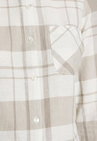Dorothy Perkins - CLOSED COLLAR - Skjorta - ivory - 6